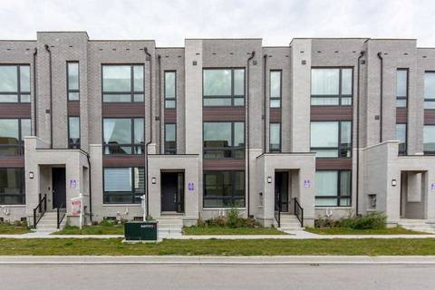 Townhouse for sale at 18 Breyworth Rd Markham Ontario - MLS: N4614660