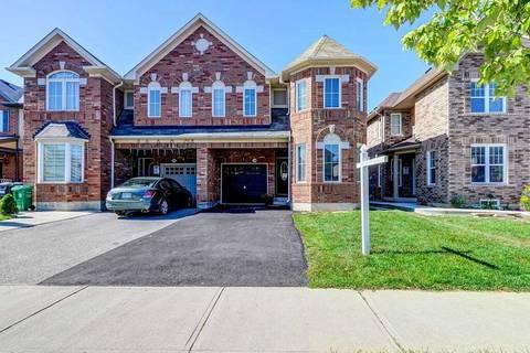 Townhouse for sale at 18 Caliper Rd Brampton Ontario - MLS: W4567805