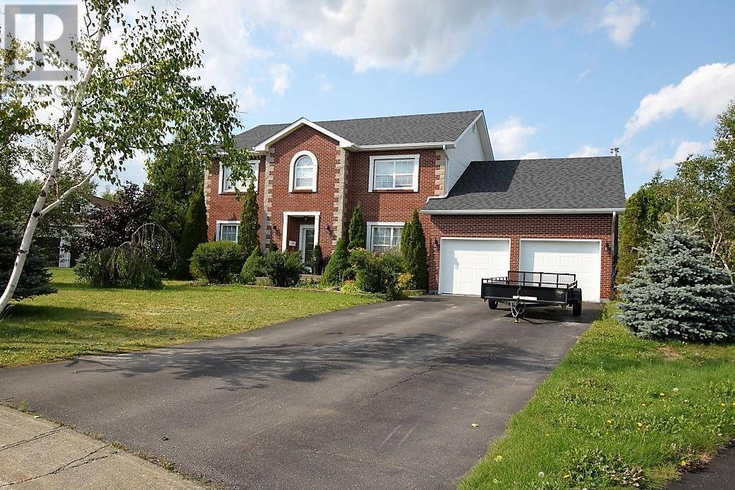 House for sale at 18 Canada Pl Grand Falls-windsor Newfoundland - MLS: 1191313