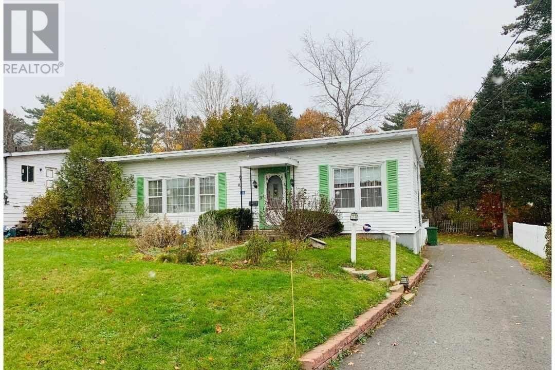 House for sale at 18 Castle Loma Dr New Minas Nova Scotia - MLS: 202022924