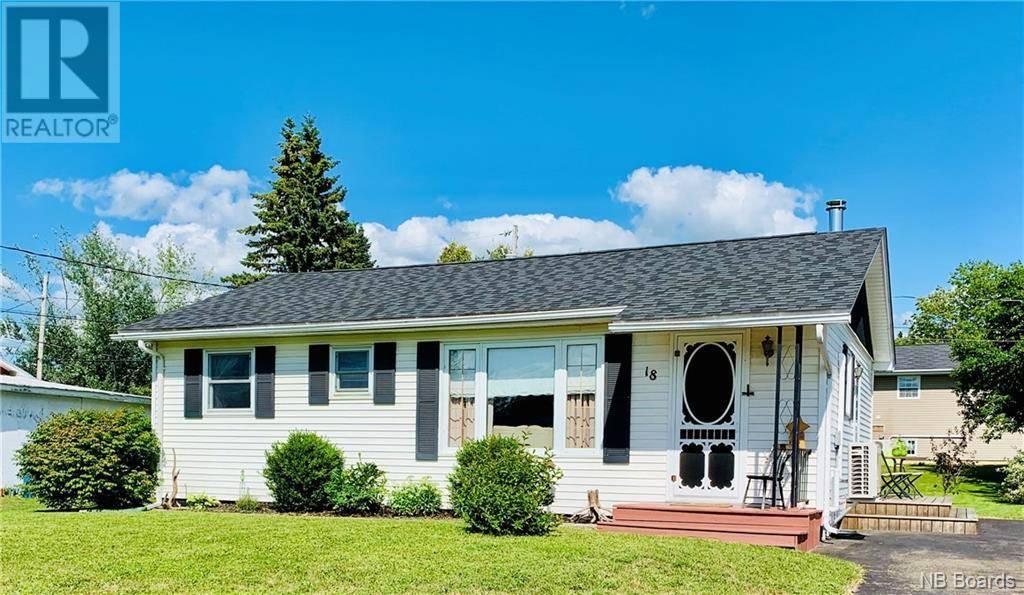House for sale at 18 Corey St Hartland New Brunswick - MLS: NB031199