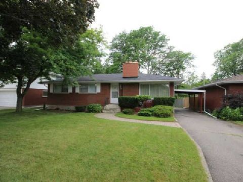 18 Cullen Drive St Catharines Zolo Ca