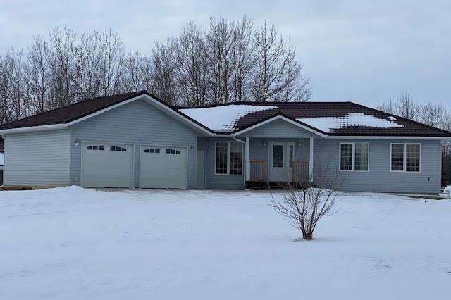 House for sale at 18 Eduard Rd Rural Sturgeon County Alberta - MLS: E4225305