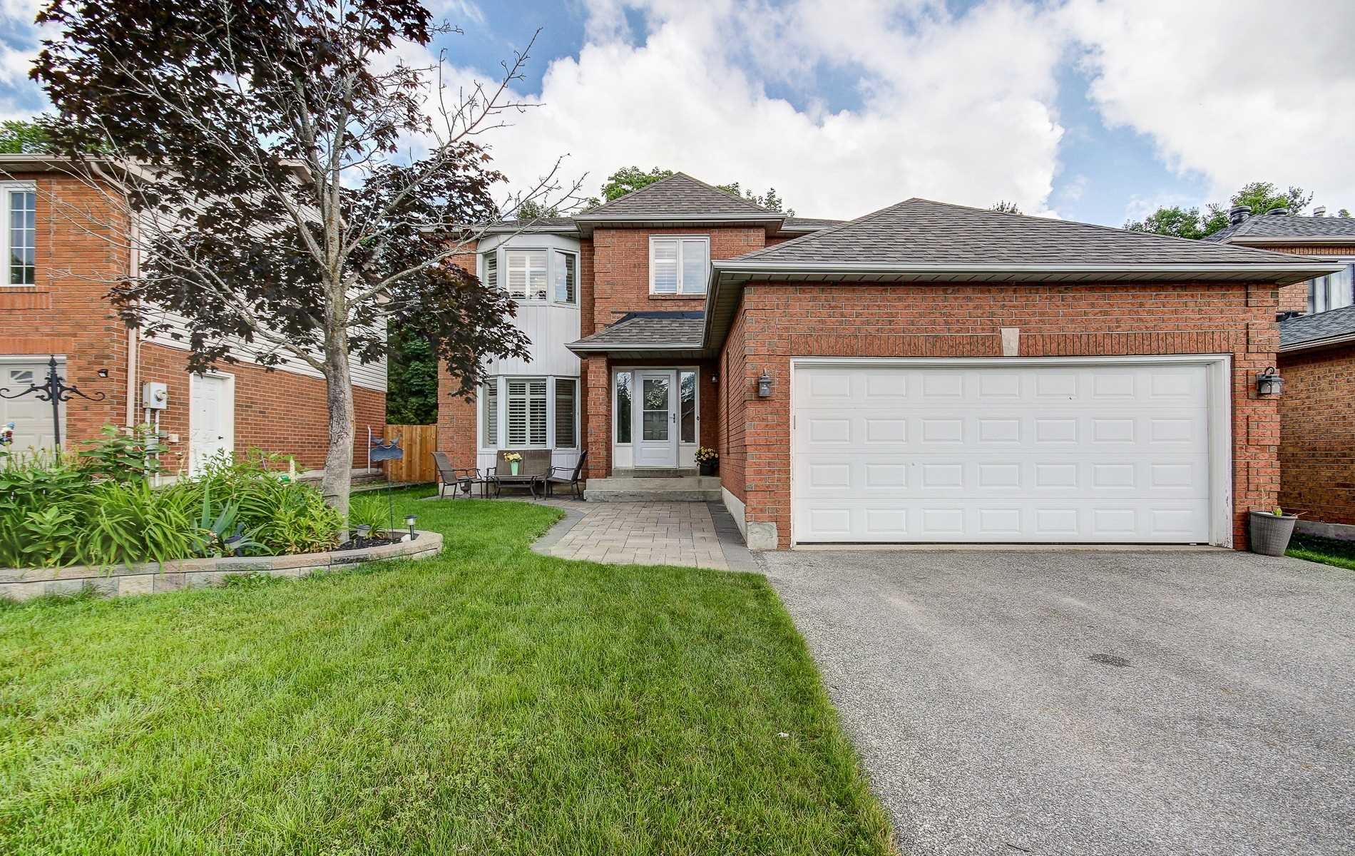 For Sale: 18 Frontier Avenue, Orillia, ON | 4 Bed, 3 Bath House for $489900.00. See 16 photos!