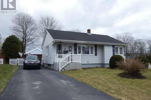 House for sale at 18 Gordon St Bedford Nova Scotia - MLS: 201907811