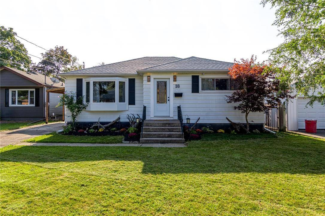 House for sale at 18 Hallcrest Ave St. Catharines Ontario - MLS: H4064762