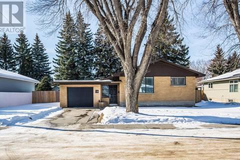 House for sale at 18 Harrison Cres Saskatoon Saskatchewan - MLS: SK800895