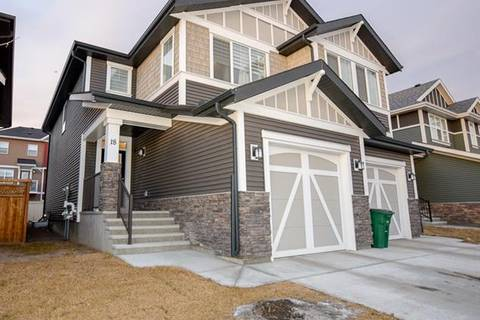 Townhouse for sale at 18 Kingfisher Cres Southeast Airdrie Alberta - MLS: C4284719