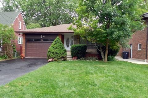 House for sale at 18 Lake Promenade  Toronto Ontario - MLS: W4535563