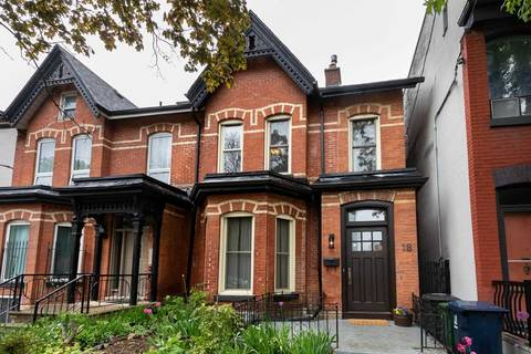 Townhouse for sale at 18 Linden St Toronto Ontario - MLS: C4467092
