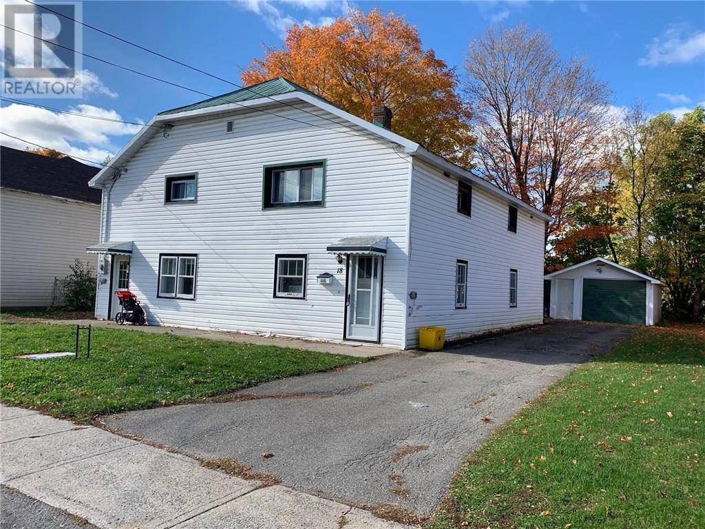 Townhouse for sale at 18 Merrick St Smiths Falls Ontario - MLS: 1173086