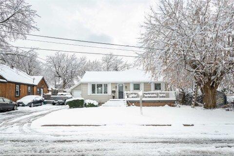 House for sale at 18 Miles St Milton Ontario - MLS: W4997787