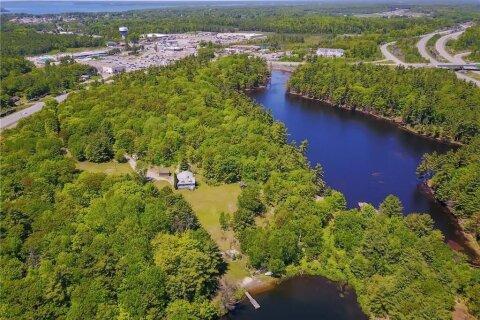 House for sale at 18 Oastler Park Dr Parry Sound Ontario - MLS: 40048136
