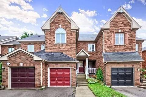 Townhouse for sale at 18 October Ln Aurora Ontario - MLS: N4561685