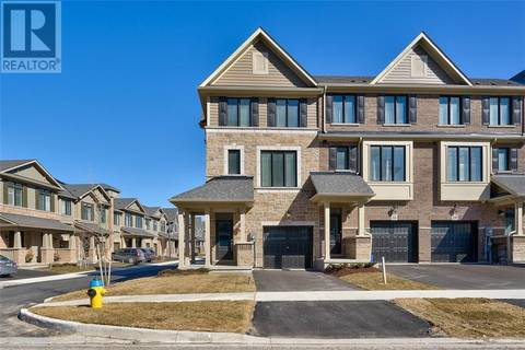 Townhouse for sale at 18 Place Polonaise Dr Grimsby Ontario - MLS: 30723903