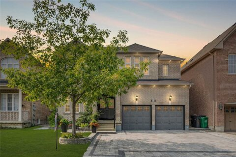 House for sale at 18 Redearth Gt Brampton Ontario - MLS: W4916583