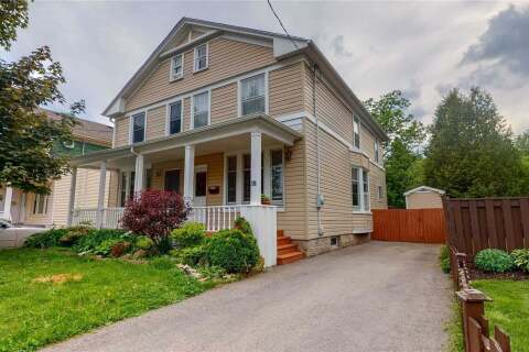 Townhouse for sale at 18 Richardson St Cambridge Ontario - MLS: X4783077