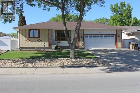 House for sale at 18 Rink Ave Regina Saskatchewan - MLS: SK762161