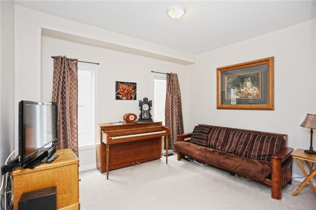For Sale: 18 Samuel Court, Orangeville, ON | 4 Bed, 4 Bath House for $784,900. See 20 photos!