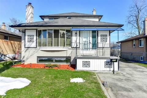 House for sale at 18 Sherwood Cres Brampton Ontario - MLS: W4700650