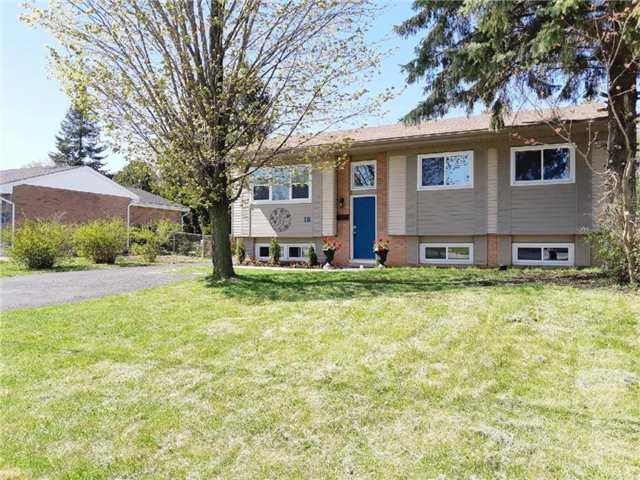 Sold: 18 Sinclair Street, Kawartha Lakes, ON