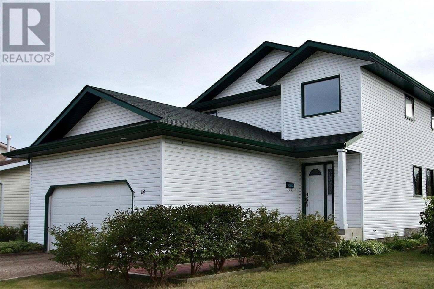 House for sale at 18 Turner Pl Prince Albert Saskatchewan - MLS: SK826349