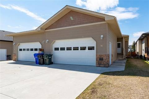 Townhouse for sale at 18 Valiant Cres Olds Alberta - MLS: C4243035