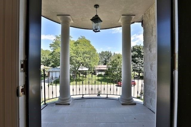 For Sale: 18 Viamede Crescent, Toronto, ON | 4 Bed, 7 Bath House for $4,350,000. See 20 photos!