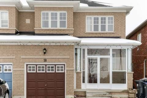 Townhouse for sale at 18 Vincent St Brampton Ontario - MLS: W4636008