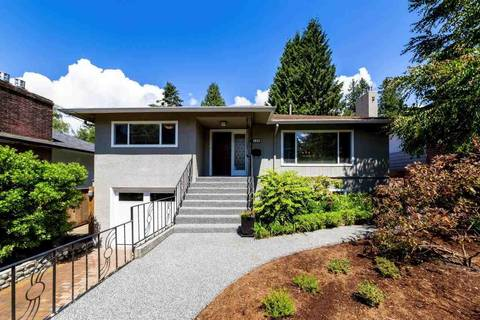 House for sale at 180 Kings Rd E North Vancouver British Columbia - MLS: R2364562