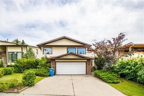 House for sale at 180 Hawksbrow Dr Northwest Calgary Alberta - MLS: C4261051