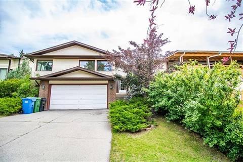House for sale at 180 Hawksbrow Dr Northwest Calgary Alberta - MLS: C4274160