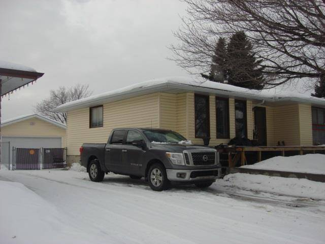 House for sale at 180 Humberstone Rd Nw Edmonton Alberta - MLS: E4186785