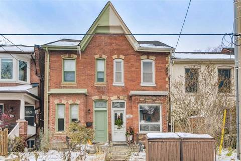 Townhouse for sale at 180 Lippincott St Toronto Ontario - MLS: C4637371