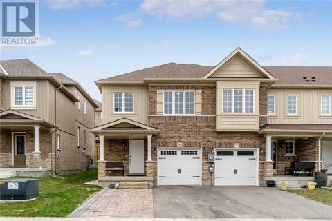 Townhouse for sale at 180 Summit Ridge Dr Guelph Ontario - MLS: 30728999