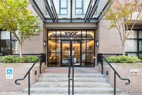 Condo for sale at 1295 Richards St Unit 1804 Vancouver British Columbia - MLS: R2381435