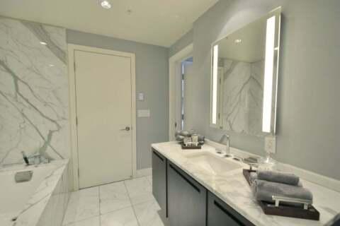 Apartment for rent at 180 University Ave Unit 1804 Toronto Ontario - MLS: C4773205