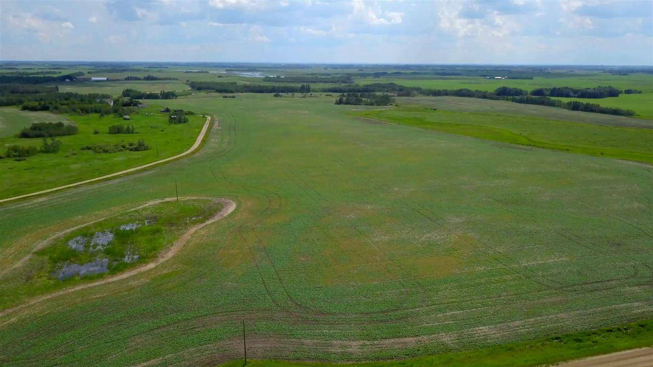 Residential property for sale at 18045 Township Rd Rural Camrose County Alberta - MLS: E4163674
