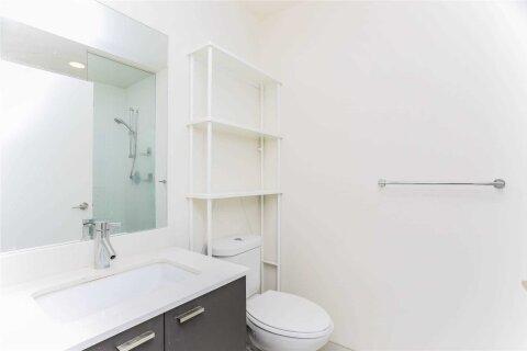 Apartment for rent at 30 Roehampton Ave Unit 1805 Toronto Ontario - MLS: C5088901