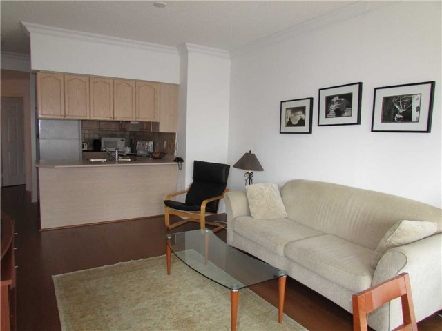 For Rent: 1806 - 909 Bay Street, Toronto, ON | 1 Bed, 2 Bath Condo for $2,600. See 14 photos!