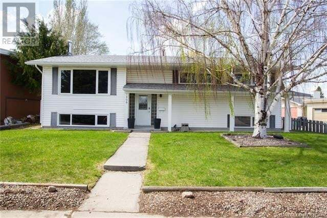 House for sale at 1806 Lakeside Rd S Lethbridge Alberta - MLS: ld0193485