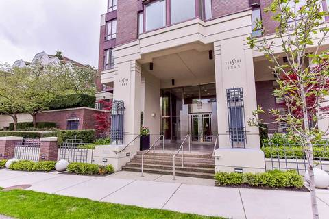 Condo for sale at 1003 Pacific St Unit 1807 Vancouver British Columbia - MLS: R2361391