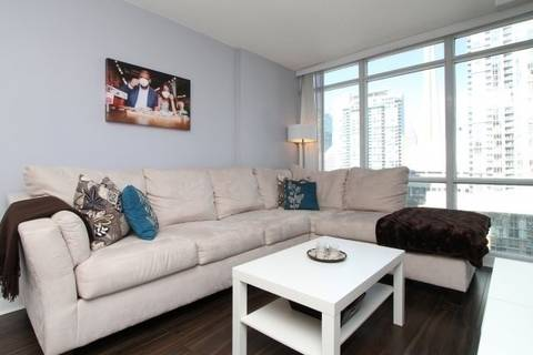 Apartment for rent at 15 Fort York Blvd Unit 1807 Toronto Ontario - MLS: C4521653