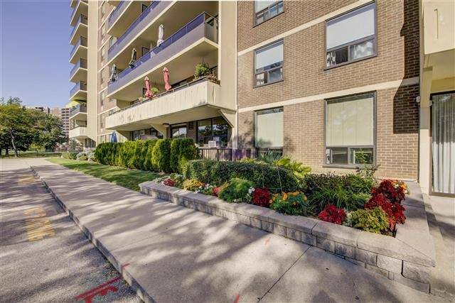 Sold: 1809 - 511 The West Mall Avenue, Toronto, ON