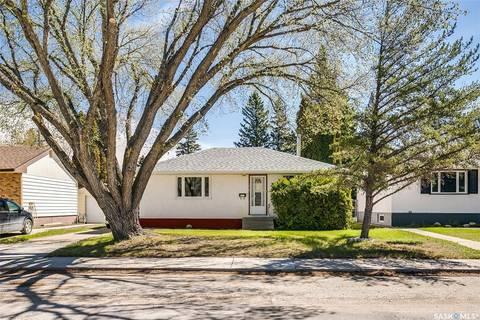 House for sale at 1809 Ewart Ave Saskatoon Saskatchewan - MLS: SK803125