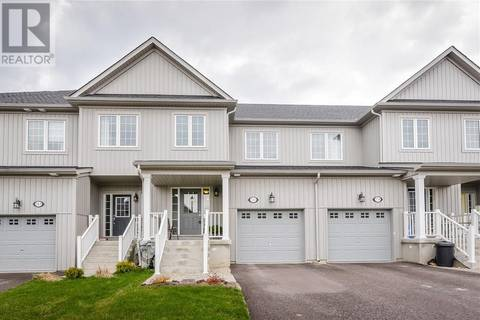 Townhouse for sale at 181 Courtney St Fergus Ontario - MLS: 30733650