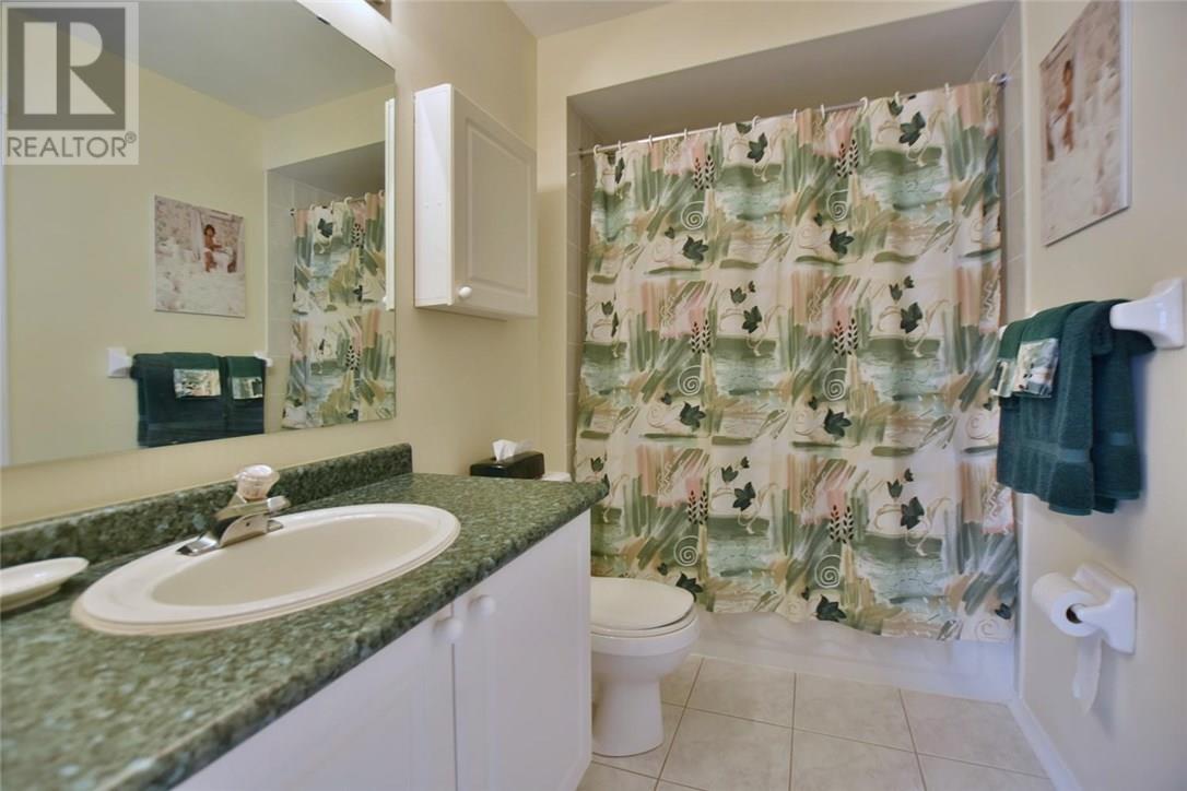 For Sale: 181 Fernbrook Drive, Wasaga Beach, ON   3 Bed, 3 Bath House for $539,900. See 39 photos!