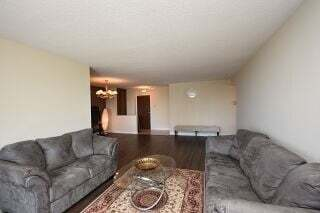 Condo for sale at 21 Knightsbridge Rd Unit 1810 Brampton Ontario - MLS: W4859067