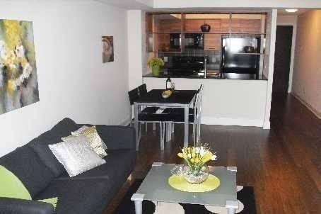 Apartment for rent at 125 Village Green Sq Unit 1811 Toronto Ontario - MLS: E4544709