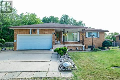 House for sale at 1811 Partington  Windsor Ontario - MLS: 19021903
